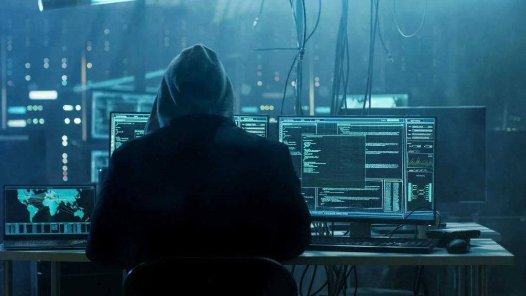 cyber risk - armando de lucia - legale informatico - avvocato